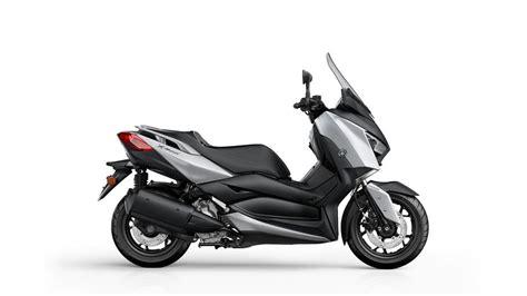 xmax   scooters yamaha motor uk