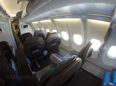 hawaiian airlines a330 200 class san diego to