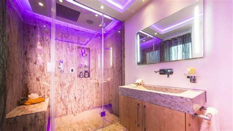 wellness für zuhause badezimmer design naturstein