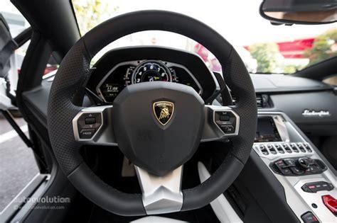 lamborghini aventador roadster steering wheel photo 57 117