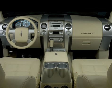 Lincoln Lt Interior by 2006 Lincoln Lt Pictures Photos Gallery The Car