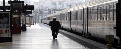 sciopero treni 26 e 27 novembre fascia 6 sciopero treni 26 e 27 novembre 2015 gli orari di