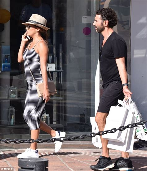 latest updates is eva longoria pregnant