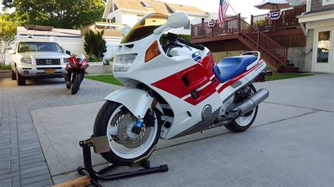 Cbr1000f Archives Sportbikes For Sale