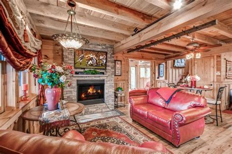 1 bedroom pet friendly cabins in gatlinburg tn 17 best images about cabin rentals on pinterest vacation