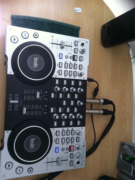 hercules dj console 4 mx dj controller hercules dj console 4 mx image 262818 audiofanzine