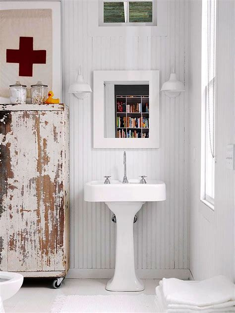 country cottage bathroom ideas 195 best images about first aid on pinterest red