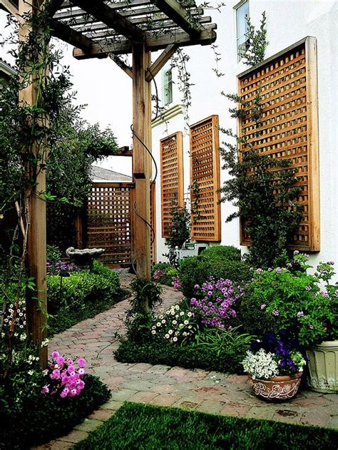 Thin Trellis Pretty Inspiring Pergola Ideas Gardens Lattices And
