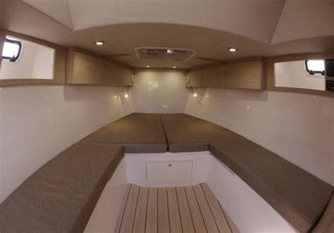 gommoni con cabina foto nuovo solemar 32 st cabina di prua