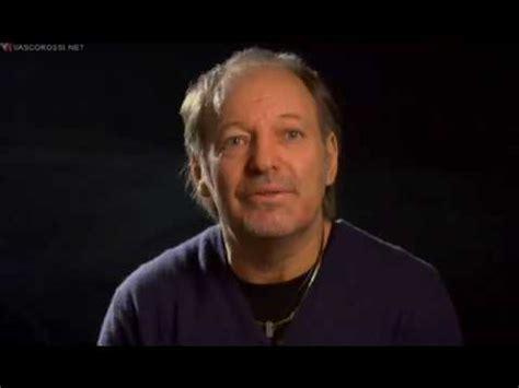 intervista vasco prima parte di intervista di vasco 2009 bologna