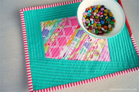 Quilted Placemats To Make by How To Sew Scrappy Placemats Giveaway Seams And Scissors