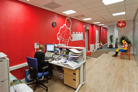 creative offices 12 of the coolest offices in the world bored panda
