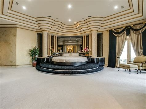 Blue And Brown Bedrooms deion sanders former home gets chandelier from statler hilton