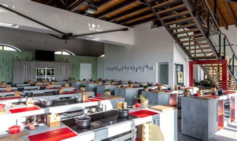 scuole di cucina italia scuole e corsi di cucina in giro per l italia nel 2016