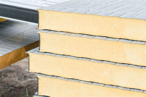 flat roof insulation construction and insulation materials