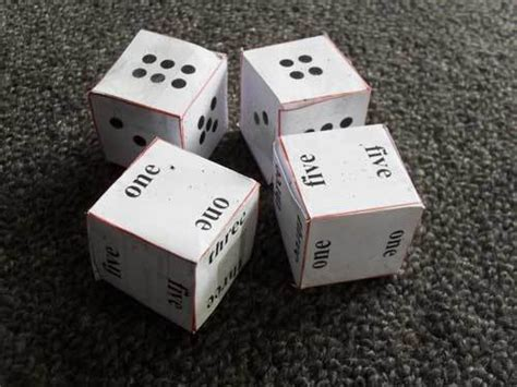 Papercraft Dice - paper printable dice to make my kid craft