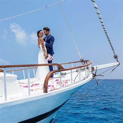 yacht weddings luxury yacht wedding hurawalhi gifts