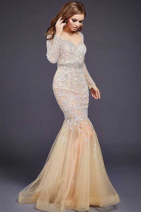 Evening Dressers by Ravishing And Beautiful Evening Gowns Ohh
