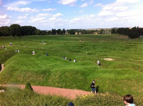 frontline madrid battlefield tours foto de terres de memoire somme battlefield tours amiens visiting the 1916 frontline trenches