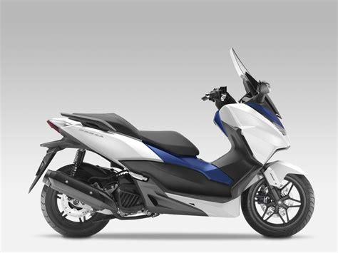125 Motorräder Mit 15 Ps by Honda Forza125 Motorrad Fotos Motorrad Bilder