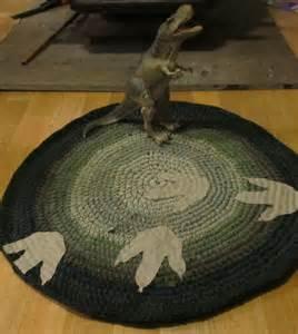 dinosaurier teppich walking with dinosaurs crochet t shirt rug