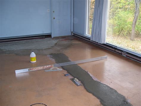 how to install laminate flooring concrete apps