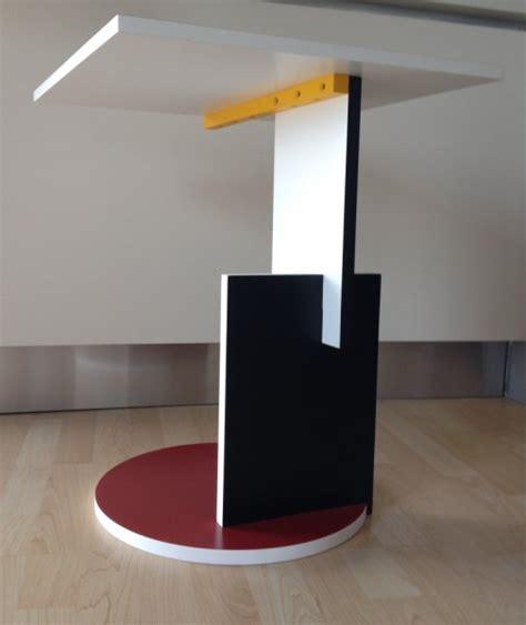 Thomas Lloyd Sofas by Tavolino Red And Blue Coffe Table Gerrit Thomas Rietveld