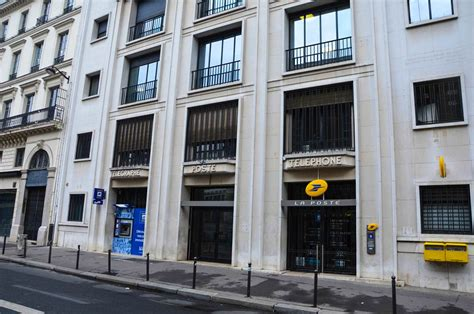bureau de poste orsay michel roux spitz architecte