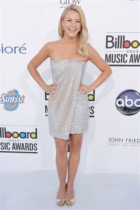 why does julianne hough have so much brown in her blonde hair julianne hough 10 sexiest female country stars of 2012