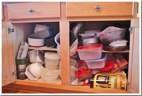 organizing cabinets in kitchen ez decorating know how how to re organize your kitchen