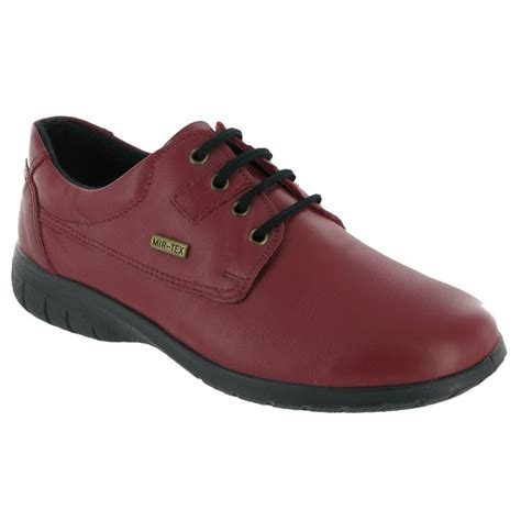 cotswold ruscombe leather waterproof shoe
