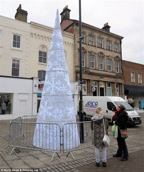britain s worst christmas tree slammed on facebook by