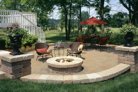 Outdoor Fire Pit Seating Ideas Quiet Corner Patio Designs With Pits