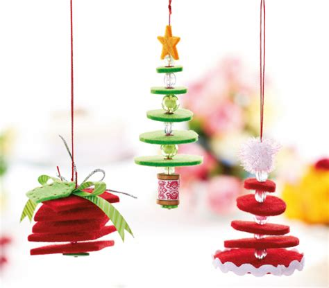 hanging felt christmas decorations free craft project