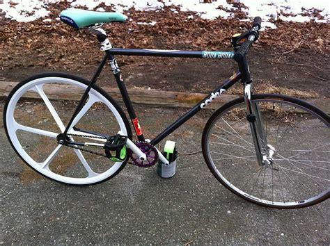 Kalung Taring Serigala Black Alloy fixedgear wheelset tar track bike series