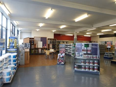 the decorating centre dulux decorating centre industrial for to let