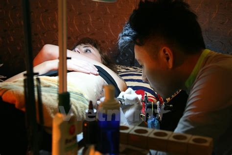 hanoi tattoo shops peeks into hanoi s tattoo world arts culture thanh