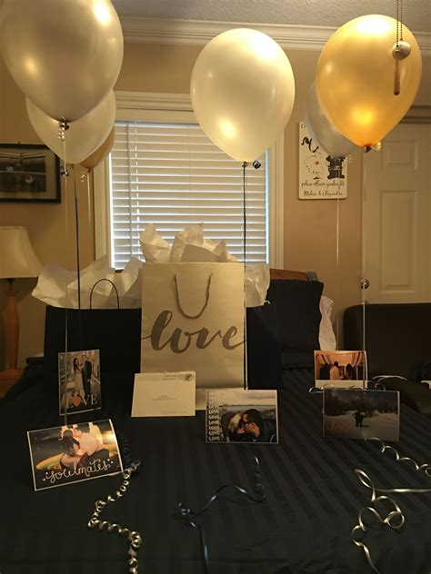 22 best anniversary gifts 2018 top anniversary ideas for him her one year anniversary pinteres