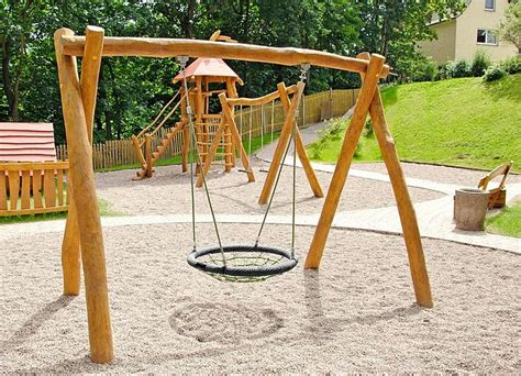 nest temperature swing nest swing 250 made of robinia wood ziegler spielpl 228 tze