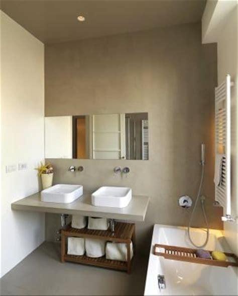 resina per coprire piastrelle pavimenti in resina pro e contro con cemento resina per