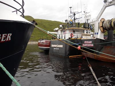 deadliest catch boats docked in seattle dutch harbor dirt to nome dirt the northwestern farwest