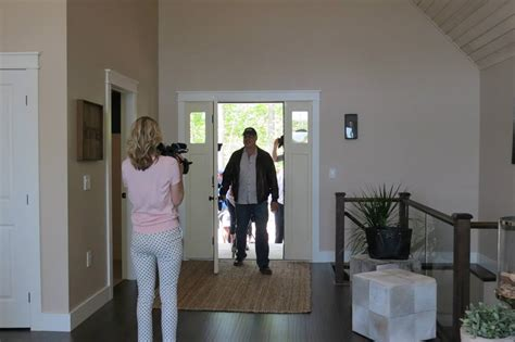 Princess Margaret Sweepstakes - linwood dream cottage winner embraces his good fortune custom cedar homes house plans