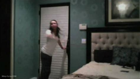 miley cyrus bedroom miley cyrus bedroom of parent s house youtube