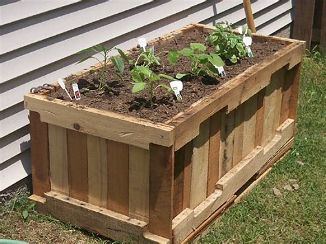 Wood Pallet Planter Box by Pallet Wood Planter Box Pallets Recycled Upcycled