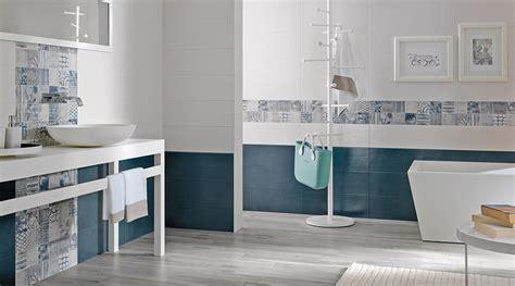 rivestimenti effetto legno come scegliere rivestimenti e pavimenti per il bagno