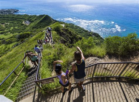 best hiking oahu hiking trails a guide to hiking on oahu go hawaii