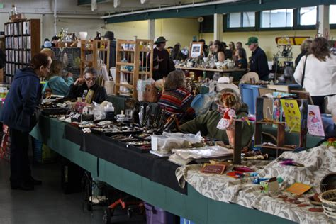 Handmade Items That Sell At Flea Markets - picc a dilly flea market erin s peterson