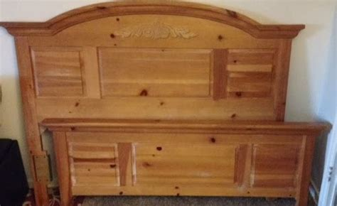 broyhill pine bedroom furniture the midtown bazaar broyhill fontana solid pine or size bed 200