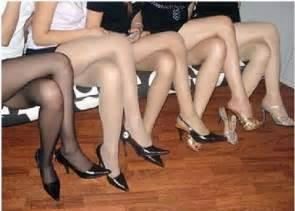 young women make a killing though long leg exposure