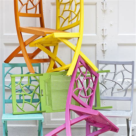rustoleum spray painted chairs these remind me of all home dzine craft ideas have fun with rust oleum spray paint